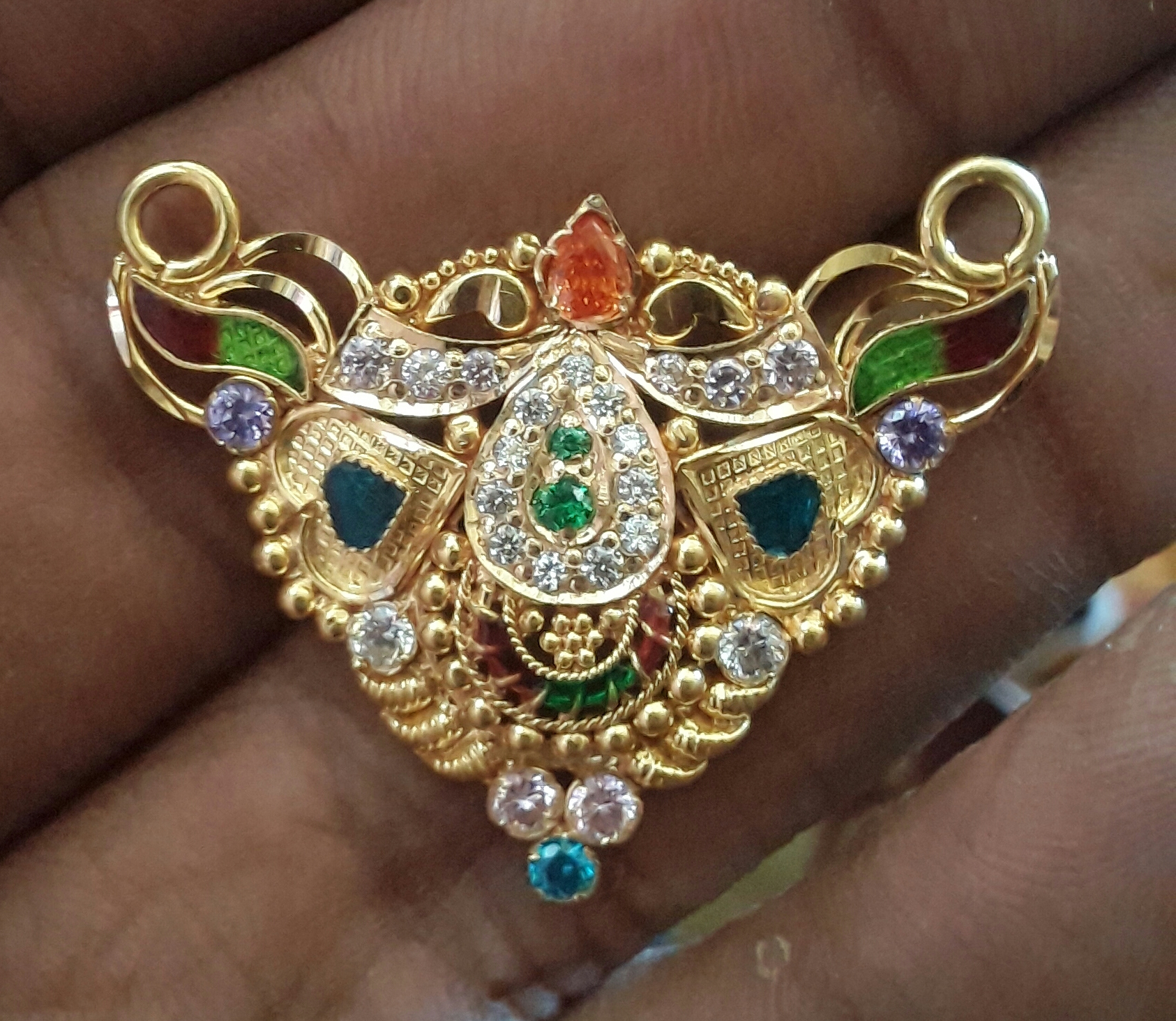 Marwadi Rajasthani fancy gold Mangalsutra And Weight is 6-7 gm