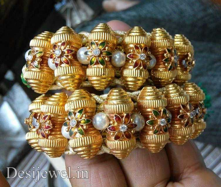 Marwadi Rajasthani Desi gold Hath-Punach And Weight is 7-9 gm