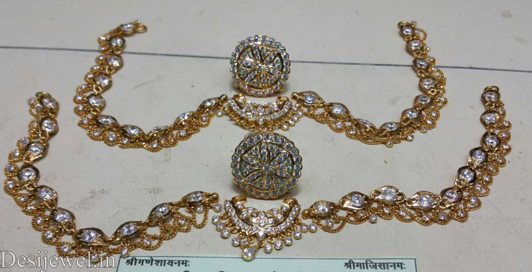 Marwadi Rajasthani Desi gold Rakhdi-Set And Weight is 18-25 gm